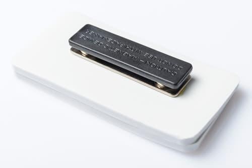 rubber naambadge met magneet
