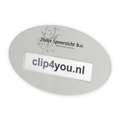 ovalen aluminium naambadge met magneet